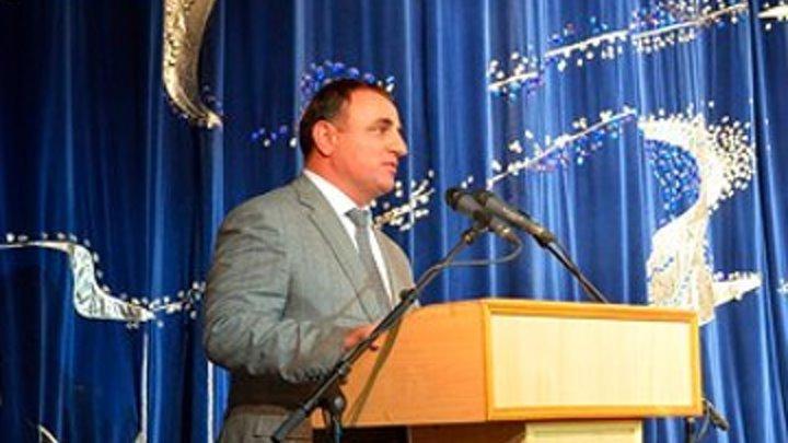Глава азербайджанской диаспоры поздравил армянский народ
