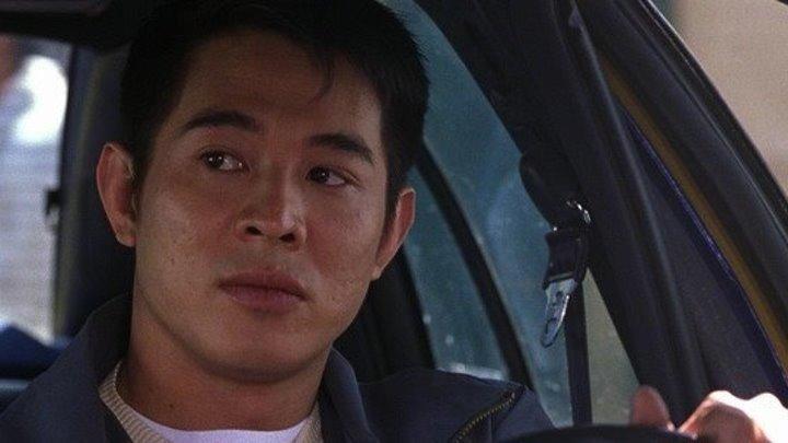 Фильм Ромео должен умереть боевик, триллер, криминал.2000