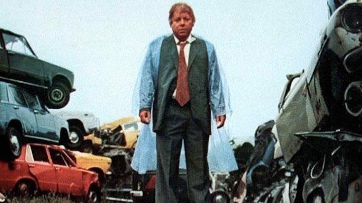 Фантоцци против всех (комедия с Паоло Вилладжо)   Италия, 1980
