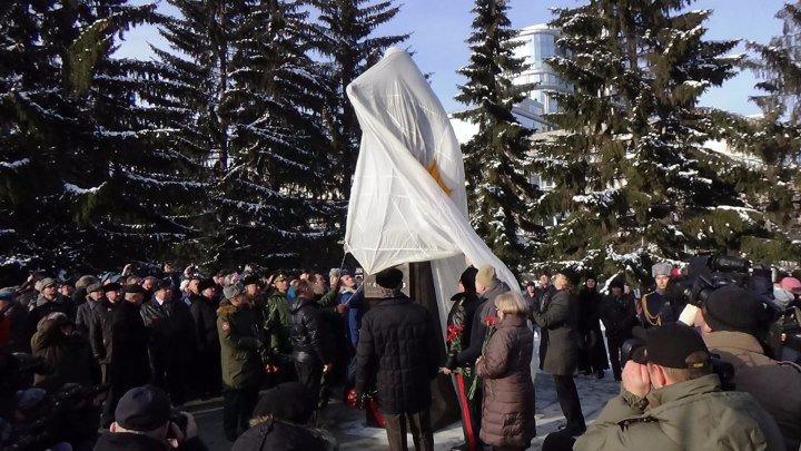 открытие памятника В.Ф.Маргелову