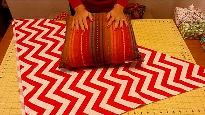 Яркий чехол для подушки всего за 2 минуты. Обнови внешний вид своего дивана!