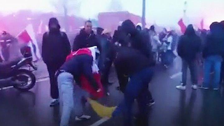 Зрада׃ На Марше независимости в Польше сожгли украинский флаг