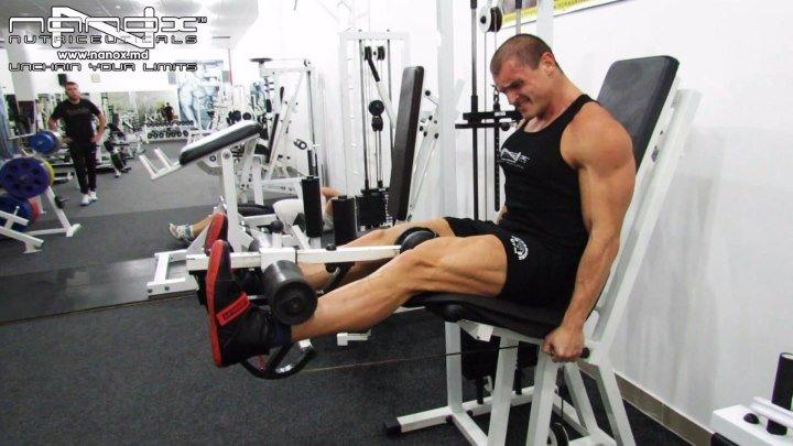 16 Разгибания ног в тренажере 5.11.16 (тирасполь, фитнес, приднестровье, пмр, спорт, клуб, здоровый образ жизни, персональный тренер, пресс, бодибилдинг, мышцы, рельеф, упражнение, супер, счастье, мотивация, тренировка, квадрицепс, ноги)