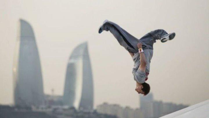 2,5 миллиона просмотров – видео от короля паркура и акробатики!