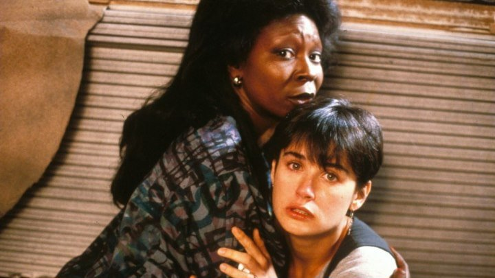 Призрак (1990)Триллер, Фэнтези, Мелодрама, Драма, Детектив.