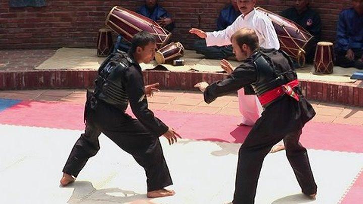 Тайны боевых искусств (2007) 4 серия. Индонезия. Бандунг. (Пенчак Силат)