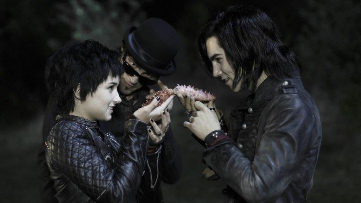 Семейка вампиров 2 / Die Vampirschwestern 2 (2014)