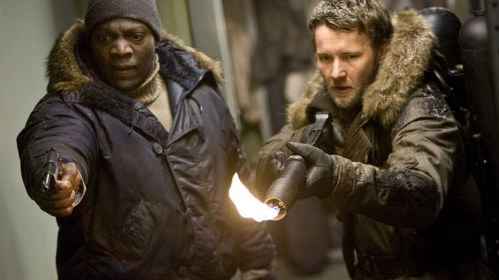 Нечто (ужасы фантастика)2011