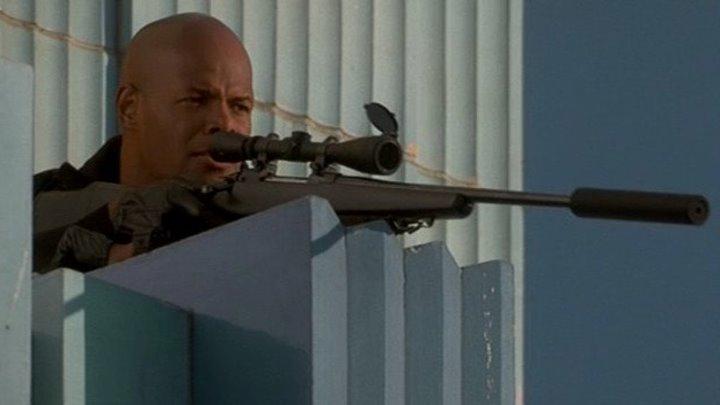 Особо опасный преступник (1997) боевик