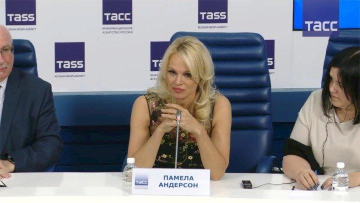 Памела Андерсон о российском гражданстве