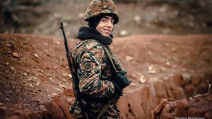 История одной фотографии. Թշնամուն հաղթած հայացքի հերոսը