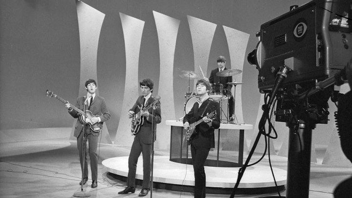 The Beatles - Please Please Me (1963, The Ed Sullivan Show)