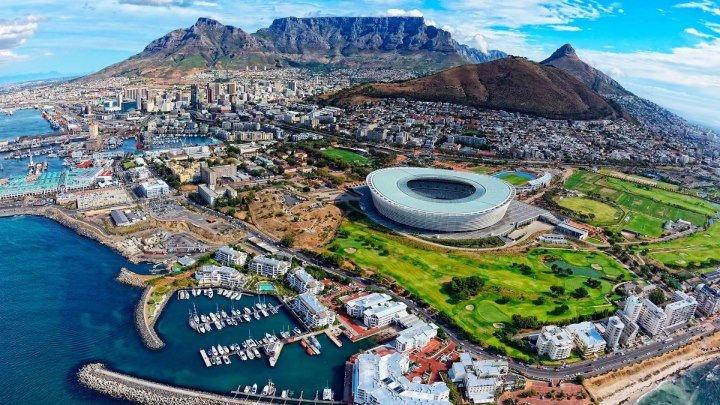 Кейптаун — красивейший город Южной Африки одновременно знаком и незнаком нашему человеку.