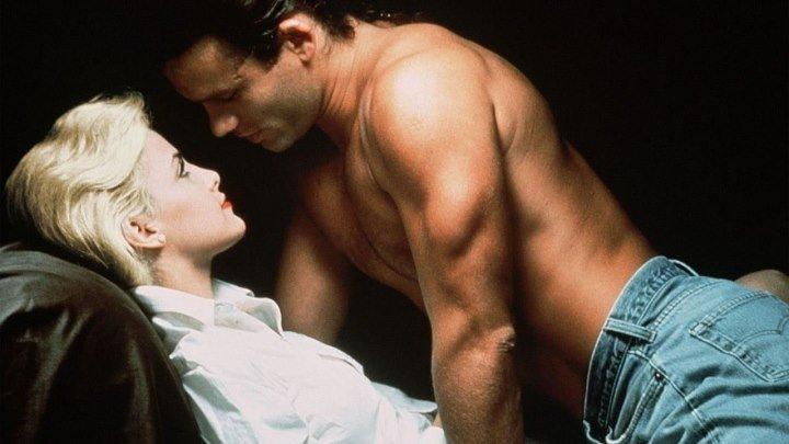 Слияние двух лун (мелодрама от режиссера хита «Дикая орхидея» Залмана Кинга с Шерилин Фенн) | США, 1988