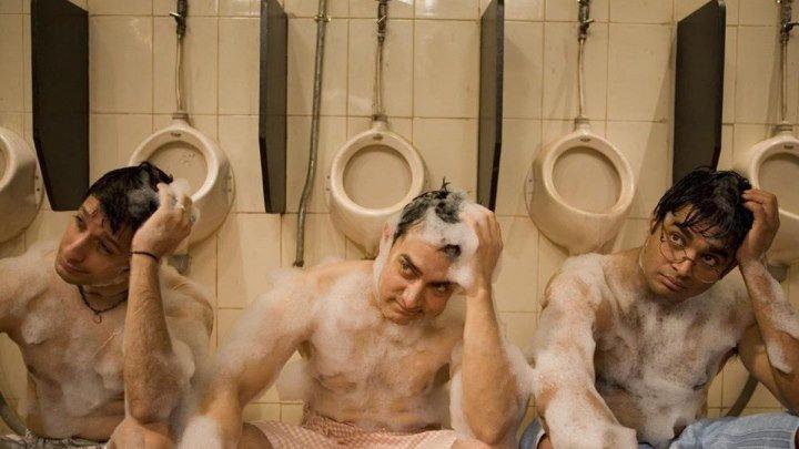 Три идиота(2009). комедия, драма