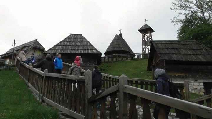 Дрвенград - этно-село сербского режиссера Эмира Кустурицы