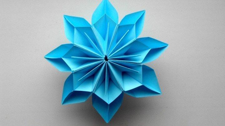 Цветок из бумаги. Идея декорирования подарков