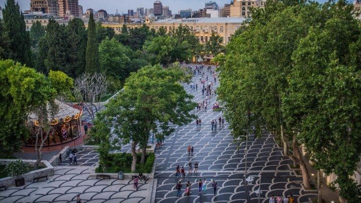 Солнечный Баку - Площадь Фонтанов...