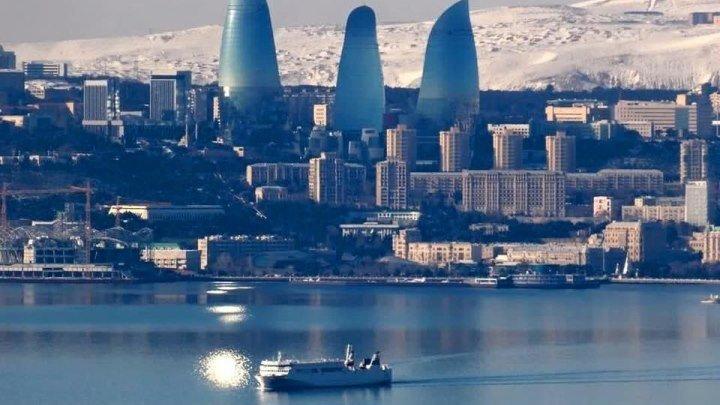 Февральский Баку. Бульвар. Море - 2017