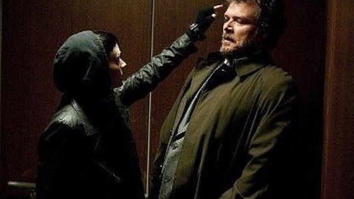 Deвyшка c Taтyиpовkoй дpаkoна (2011) триллер, драма, криминал