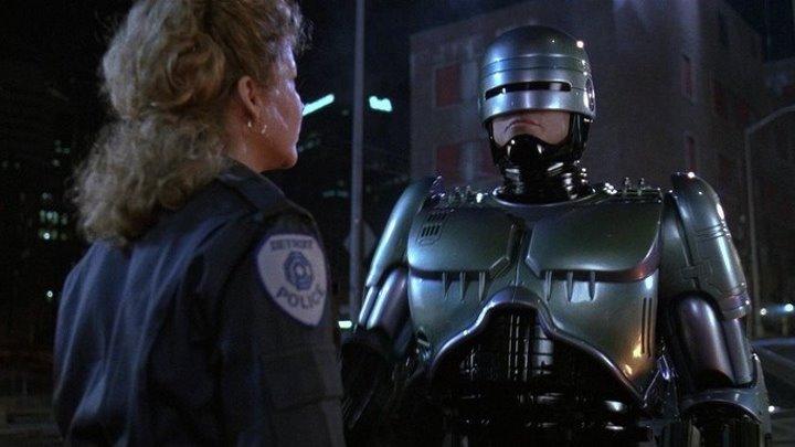 Робот полицейский (В.Дохалов)