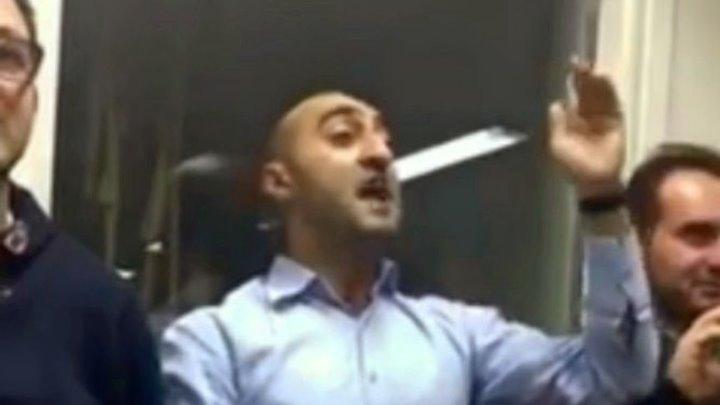 Армянская молодежь сорвала презентацию книги посла Азербайджана в Греции