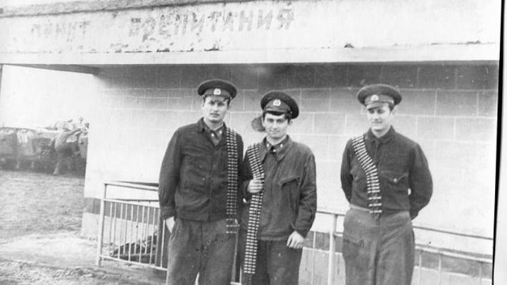 48 серия Стрельбы из БМП, Механик водитель , Экипаж.