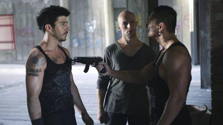 Фильм 13-й район боевик, триллер, криминал 2004