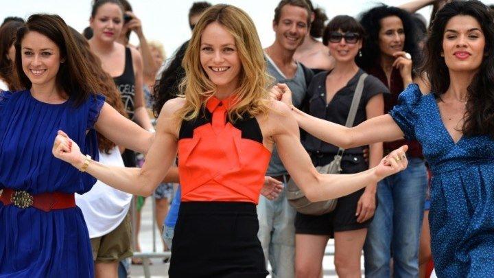 Красотки в Париже - Комедия / Франция / 2014