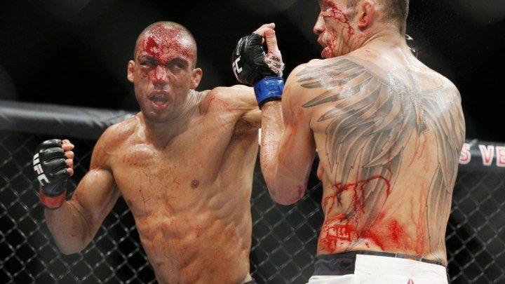 Тони Фергюсон vs Эдсон Барбоза (кровавый бой)