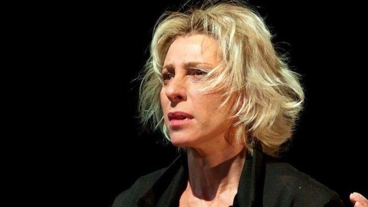 Юлия Рутберг: «Приходишь в гримёрку — заплаканные глаза, опухшее лицо, вся в синяках — и думаешь: «Господи, какое же это счастье»