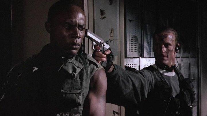 Замена / The Substitute (США 1996 HD) 18+ Боевик, Триллер, Драма, Криминал