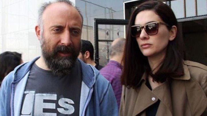 Халит Эргенч и Бергюзар Корель на избирательном участке голосуют... 16/04/17
