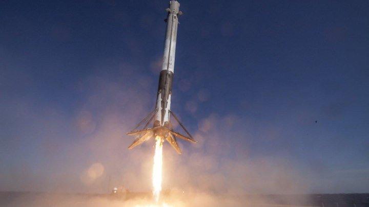 Невероятное приземление ракеты Falcon 9