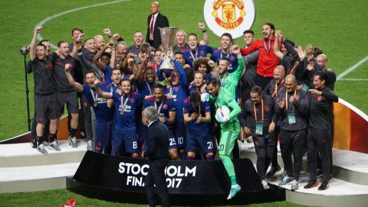 Лига Европы 2016-17 / Финал / Аякс (Нидерланды) - Манчестер Юнайтед (Англия) / НТВ+ [24.05.2017, 720p, 25 fps, H.264, RU/INT, HDTVRip, SAT]