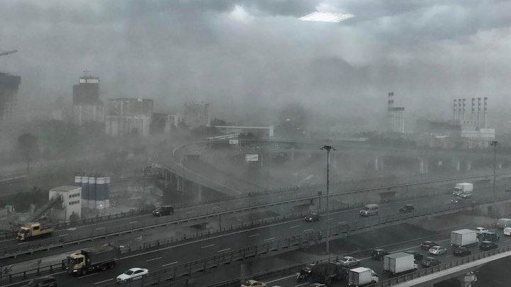 Ураган в Москве унес 11 жизней