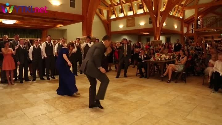 Танец жениха с тёщей – ГОСТИ В ШОКЕ!!!