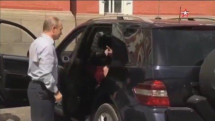 Путин и «загадочная женщина» на Валааме