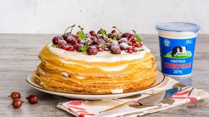 Блинный торт с ягодами и сметанным кремом от «Утконос»