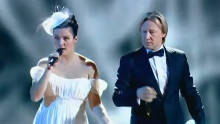 Елена Ваенга и Дмитрий Харатьян - Курю (Оливье шоу) 2011