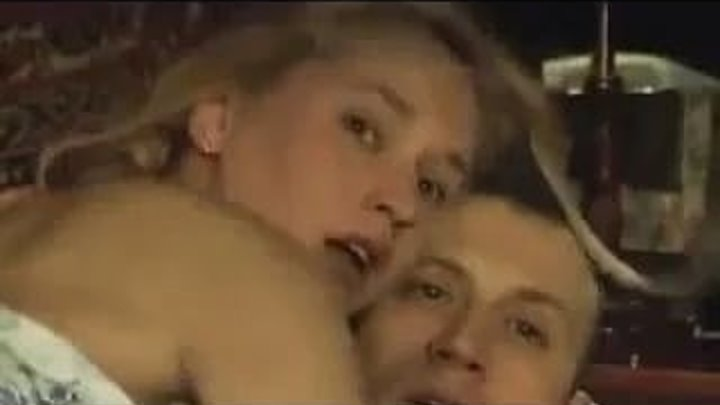 Мент застал голую жену с соседом, но он не ожидал что произойдет дальше))) Прико
