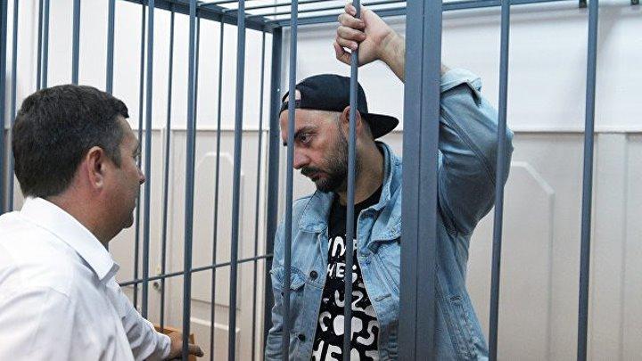 Кириллу Серебренникову продлевают домашний арест