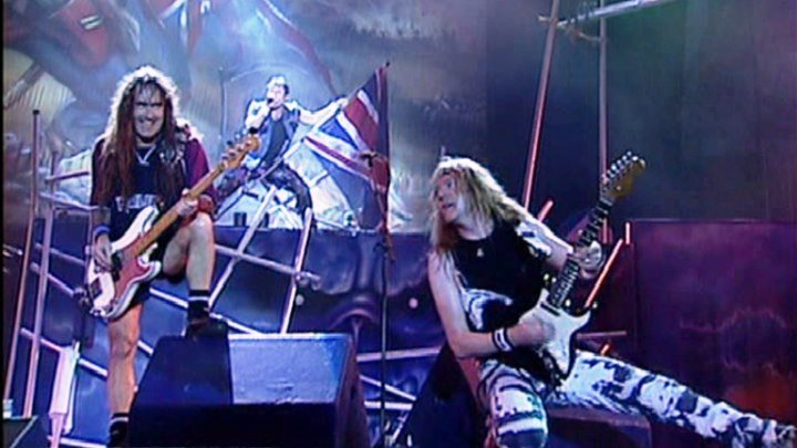 "Iron Maiden - The Trooper (Rock in Rio)-(musik.klab ROK ДЖУНГЛИ!!! -""(official)""."