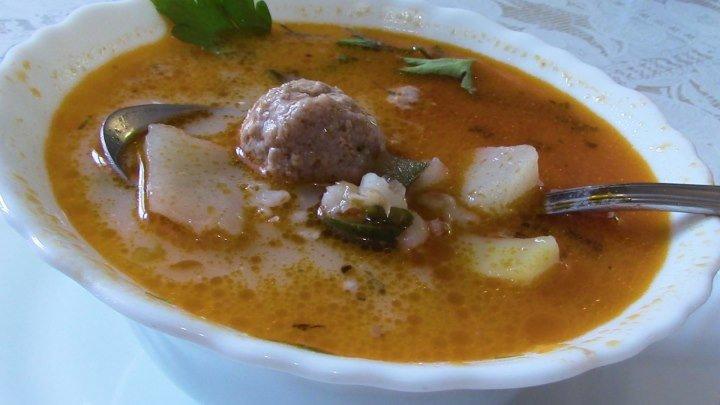 Рассольник с фрикадельками. Очень вкусный и сытный суп.
