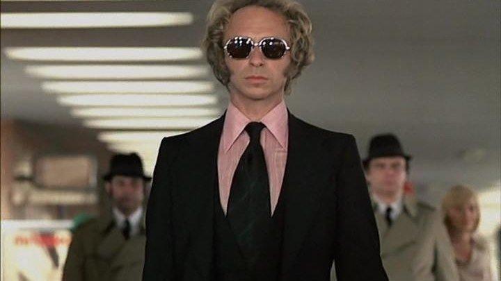 """Кинокомедия """"Высокий блондин в чёрном ботинке"""" (Франция, 1972 г.)"""