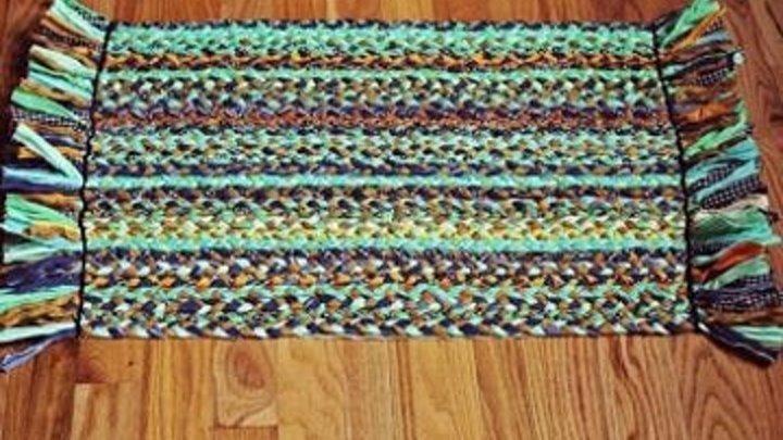 Как сделать коврики из старой одежды