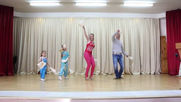 Танцор диско)))