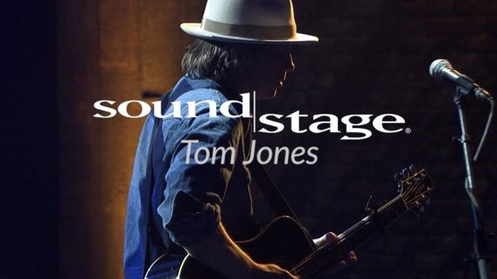 Tom Jones with Alison Krauss and band (2017 HD) Live on Soundstage