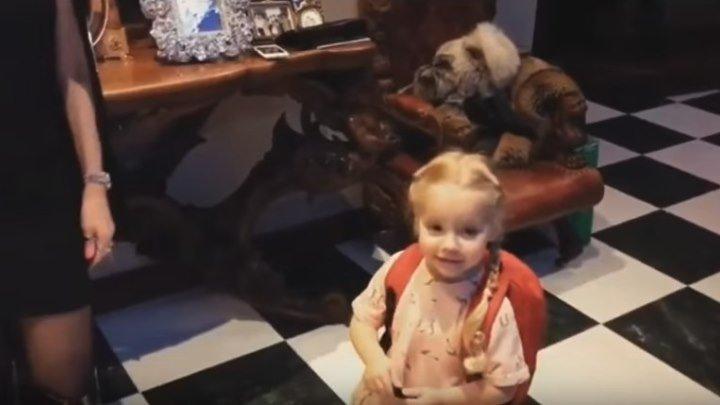 Алла Пугачева к Новому 2018 году готова -похорошела,помолодела и запела