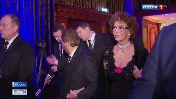 Ричард Гир и Софи Лорен представили номинации премии BraVo в Москве